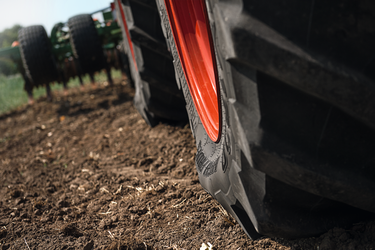 Close-up of the Fendt VarioGrip tyre pressure control system.