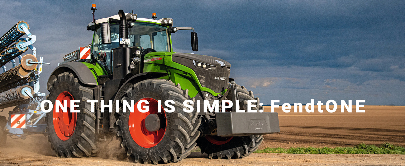 """Fendt 1000 Vario pod hasłem """"One thing is simple: FendtONE""""."""