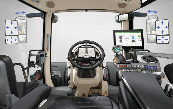 Przedstawienie elektrycznie regulowanych komfortowych lusterek wstecznych w ciągniku Fendt 900 Vario.