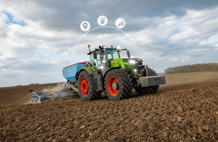 The Fendt 900 Vario in the field with seed drill combination and icons.