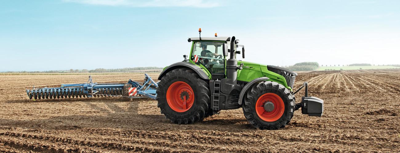 highlights  fendt 1000 vario  tractors  agco gmbh